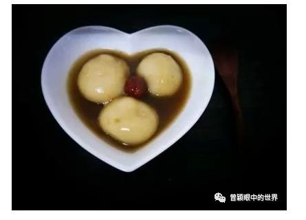 看妈妈做完一碗汤圆,才明白母爱有多不易