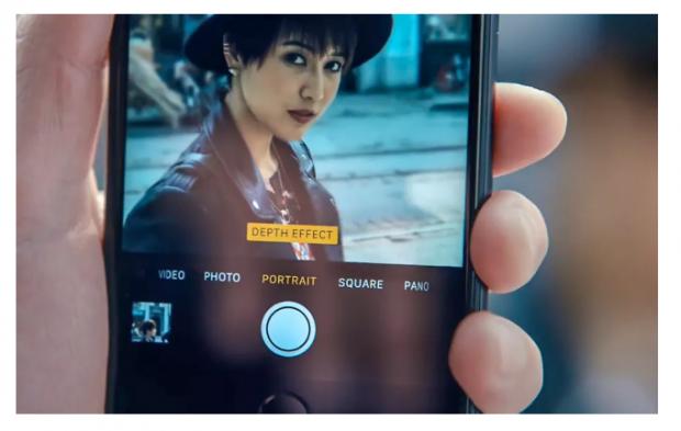 """当我们在自拍时,AI 在做些什么:拍出的是照片,产出的是""""照骗""""?"""