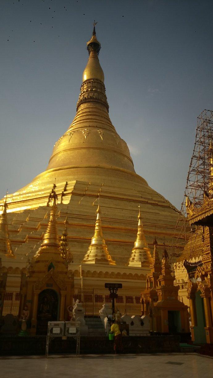 在缅甸的的抗日英灵,我们来看你们了!