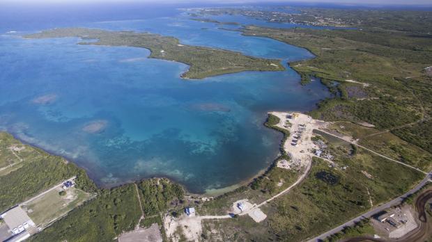 抗灾与致富:中资旅游项目的海岛难题
