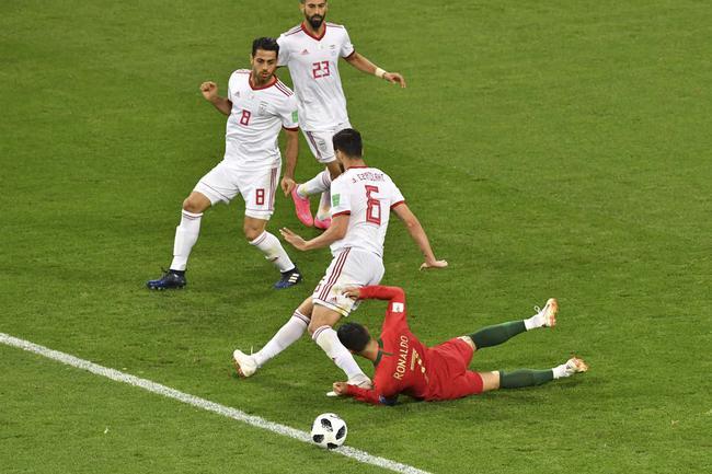 世界杯外围赛被沙特假球气死的北京球迷