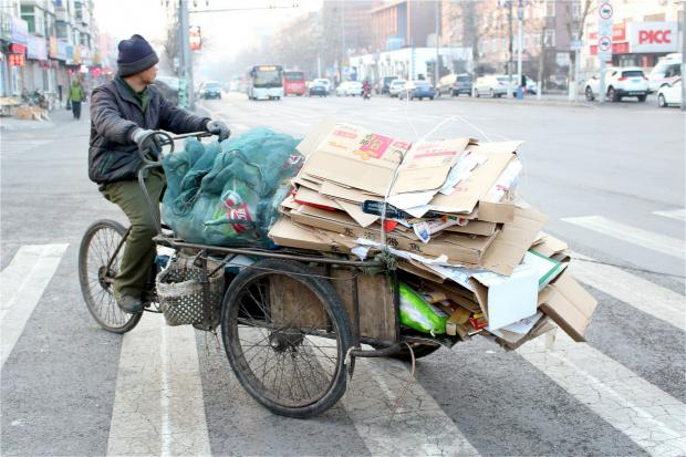 垃圾管理新政背后,北京个体回收业者艰难谋生