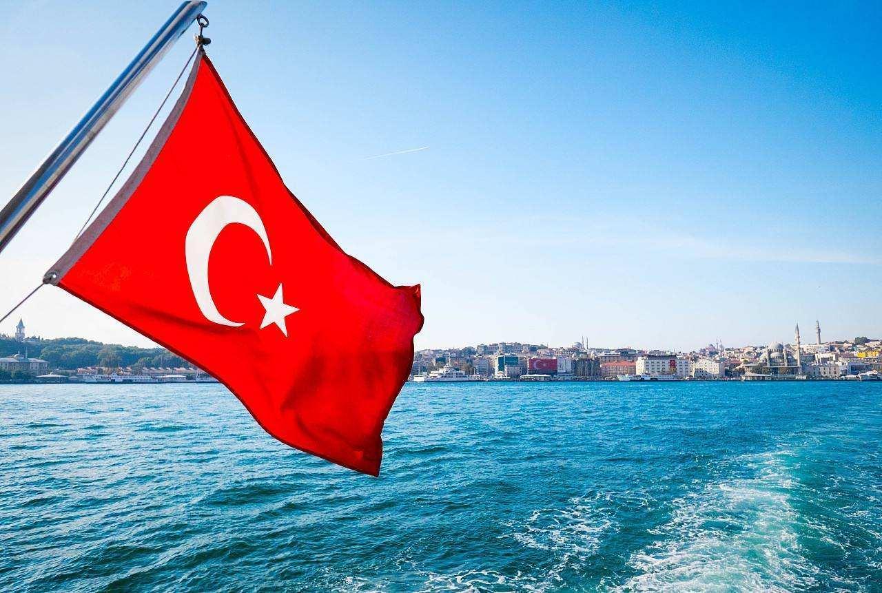 土耳其坍塌背后:警惕发展中国家货币陷阱!