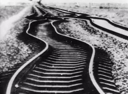 """夏冰:1976,京城""""抗""""震记(上)"""