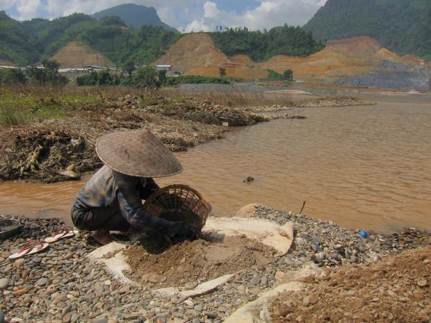 老挝溃坝悲剧拷问湄公河水电大跃进