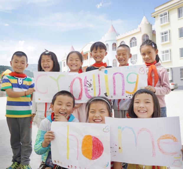 中秋节也无法与父母团聚的孩子,他们正在经历什么?