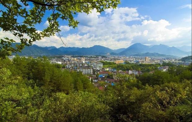 刘亭:在云和打造新型城镇化样板县域座谈会上的讲话(之三)#新观察系列#