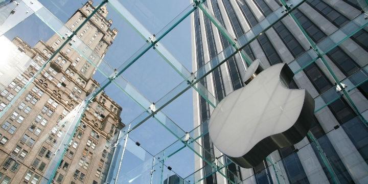 """打脸质疑者、市值超万亿美元苹果底气竟来自乔布斯的""""精神遗产"""""""