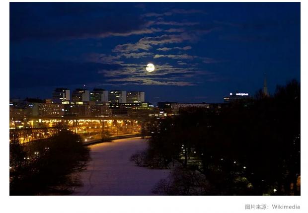 成都计划发射人造月亮代替路灯;AI有望预测战争 | 科学FM
