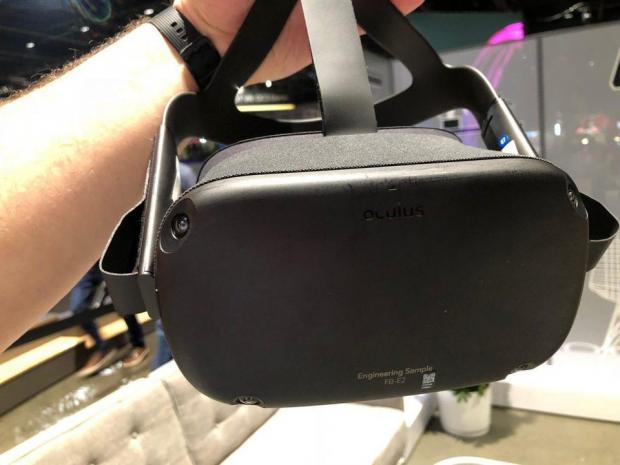 Facebook推出面向未来的VR头盔