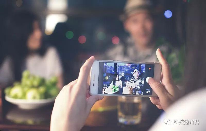 流量焦虑未解,又遇消费升级:短视频靠AI技术完成救赎?