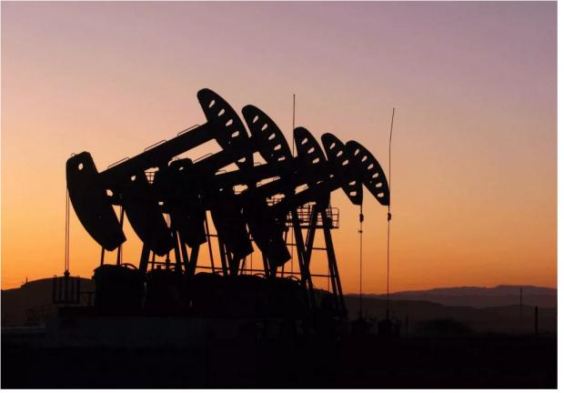 油价暴跌后出现底部区间信号