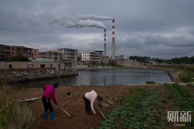 被泄漏的碳九,被查房的记者,与被围合的渔村