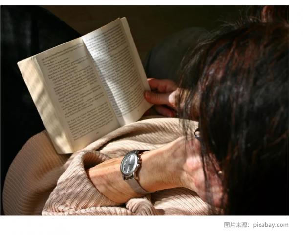 读小说有助于理解他人吗?