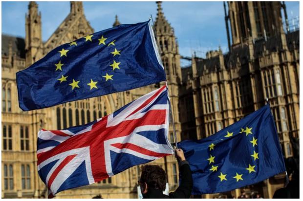 走向断崖?脱欧协议草案折射出的英国政治困局