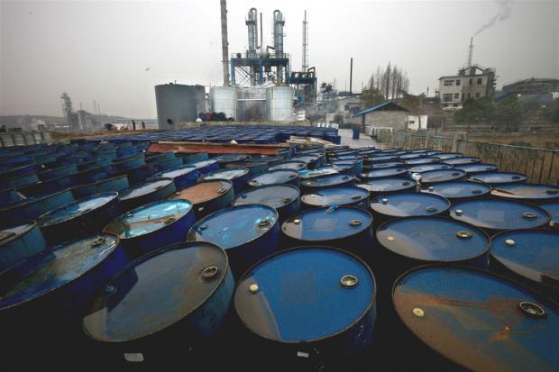 专家:化学品也需要《巴黎协定》式的全球公约