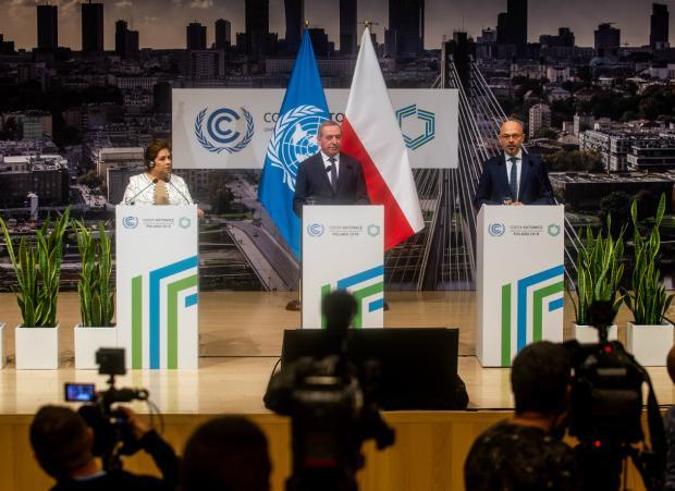 波兰气候大会艰难完成谈判