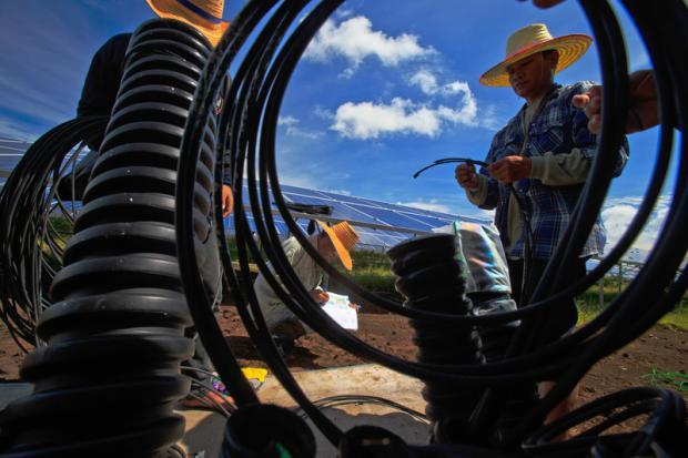 """中国的太阳能外交可以绿化""""一带一路""""吗?"""