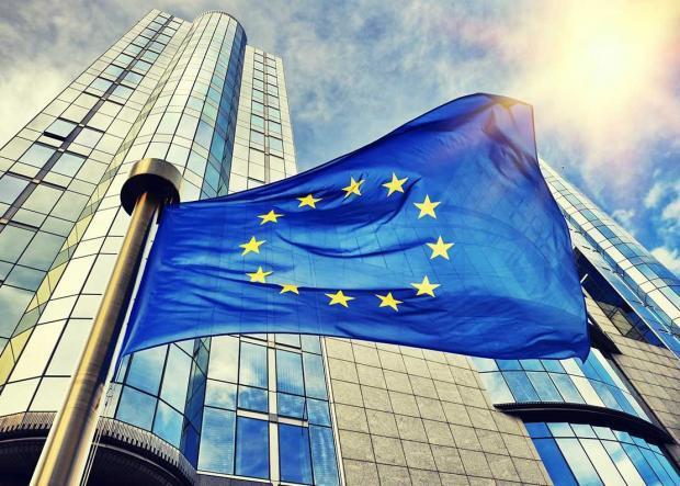 """欧洲央行QE的全球""""脚印"""""""