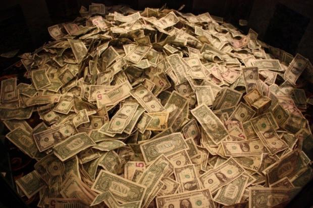 现代货币理论引发热议,可以印钞就可以无节制发债?