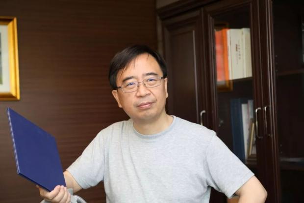 最新:潘建伟教授出任《赛先生》总编辑