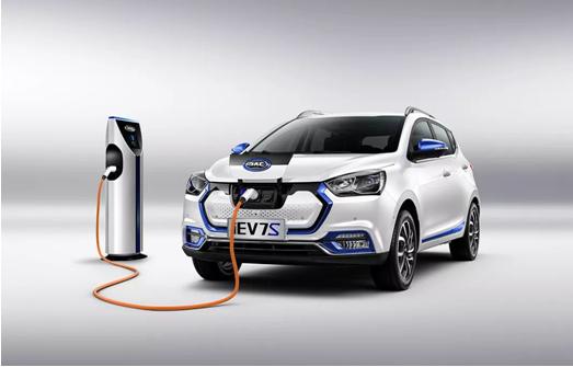 补贴降温后 新能源汽车的未来究竟在何方?