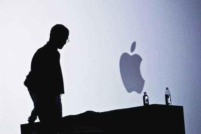 后乔布斯时代,库克的苹果不再需要艾维?