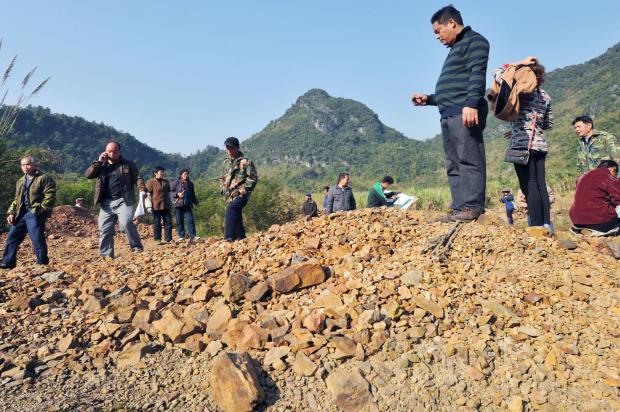 """""""毒地""""入市:中国污染地块的治理难题"""