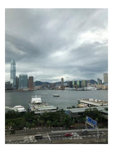 雨后的香港