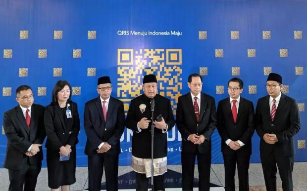 """跟着新加坡的脚步,印尼也正式开启""""万码合一""""的电子支付之路"""
