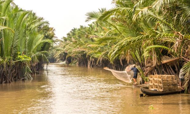 湄公河水位达历史最低 引发水电问题争议