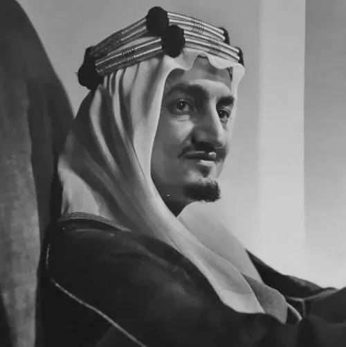 """费萨尔国王:遇刺身亡的现代沙特""""总设计师"""""""