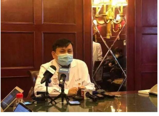 """""""再闷两星期,把病毒闷死"""":关于疫情的3种结局,他为什么敢说?"""