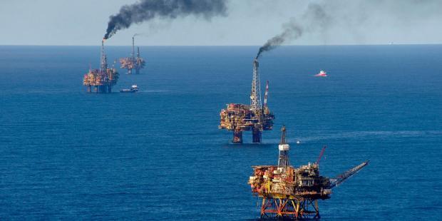 """""""蓝色赛跑"""":愈演愈烈的海洋资源竞争"""