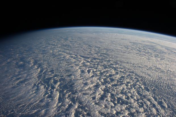 云层——全球变暖模型中的关键变量