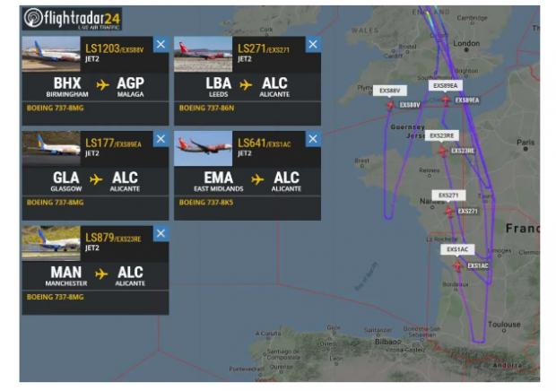 同一家公司5架飞机空中紧急返航