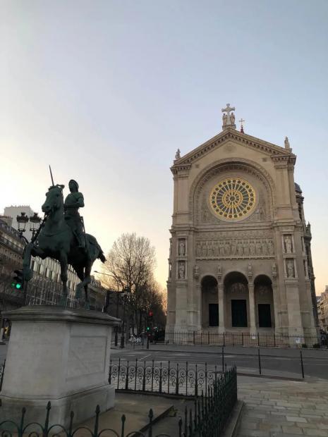 申赋渔 | 封城巴黎:美丽城的影子