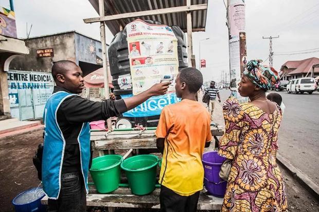 埃博拉疫苗为何一波三折?