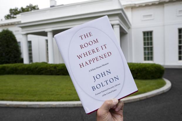 特朗普闹革命 之 《多事之屋》