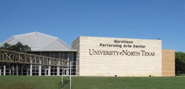 北德州大学逐客令推迟5天