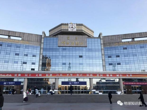 内蒙古高铁,为什么乱成了一锅粥?