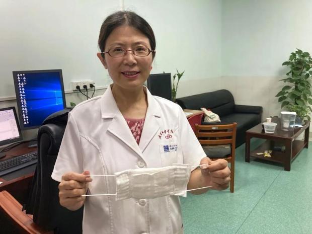 改变新冠诊断标准的女医生张笑春:疫情结束了,我的家散了