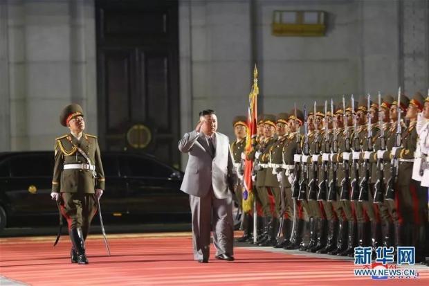 朝鲜午夜大阅兵震惊全球,背后有这三大看点