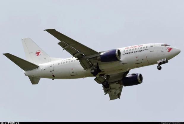 又是飞机场外提前接地,这次机毁了,万幸人没事!