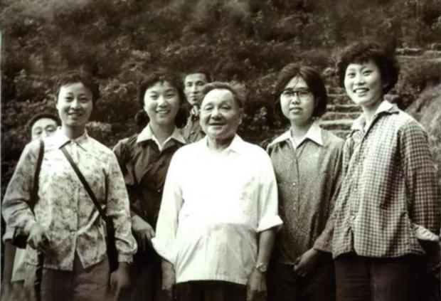 今天是邓小平逝世24周年,回望我77年的高考