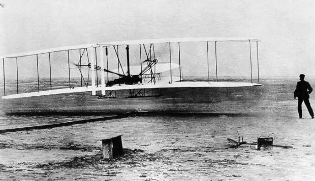 西雅图飞行博物馆Museum of Flight 漫步之二:板凳和莱特兄弟的飞行器