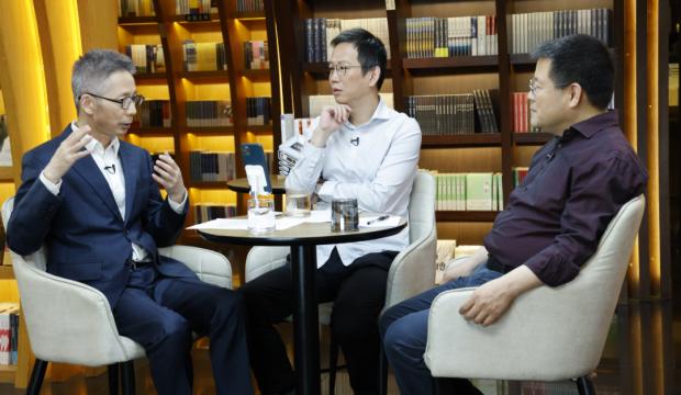 吴晓波对谈蒋昌建、秦朔:中年人在迎合少年吗?