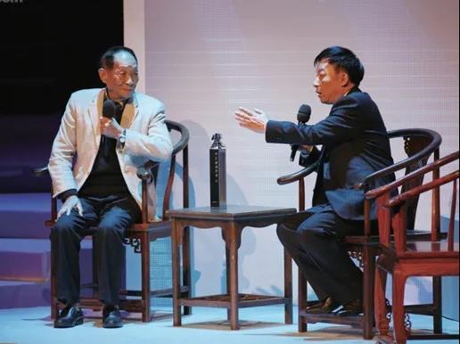 易中天:十年前我采访袁隆平