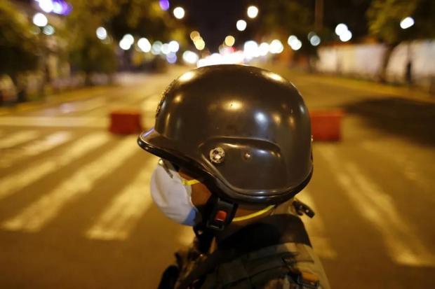 秘鲁政府将国家紧急状态延长30天