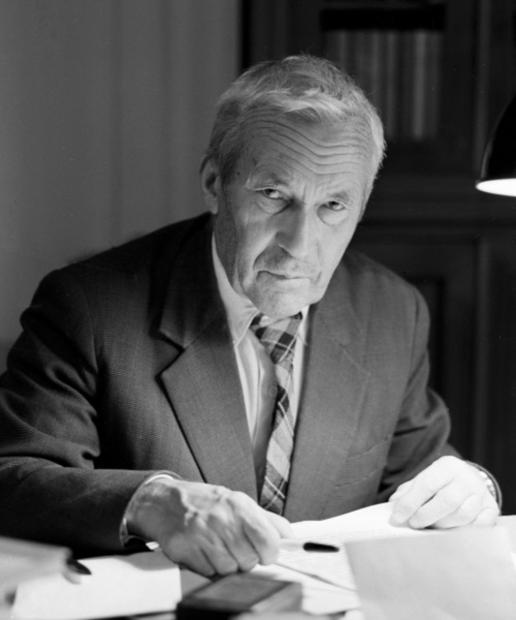 """现代概率论之父:柯尔莫哥洛夫的""""随机""""人生"""